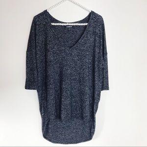 EXpress heather gray 3/4 sleeve V neck tee S